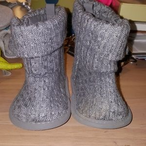 Brand New Infants boots, size 0-3 Carters